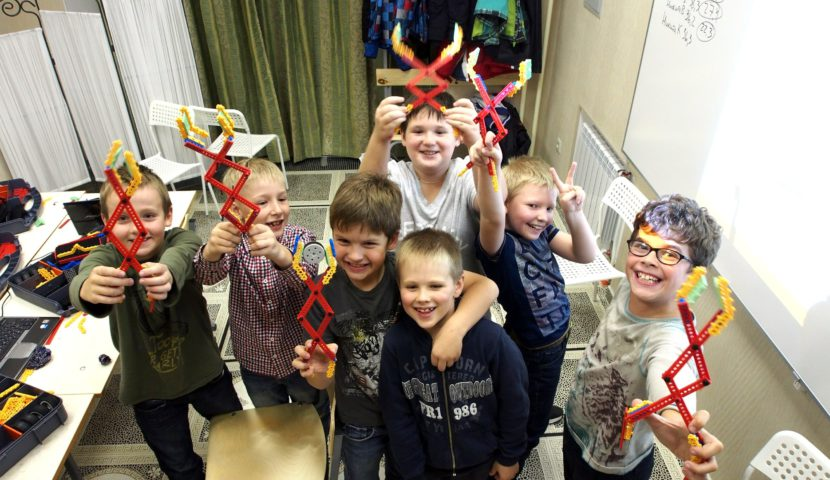 РОБОТРЕК — федеральная сеть детских клубов робототехники
